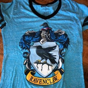 Blue kids medium raven claw t-shirt